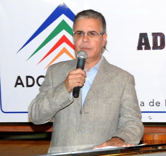 Luis José Chávez,  presidente de la Asociación Dominicana de Prensa Turística (ADOMPRETUR).