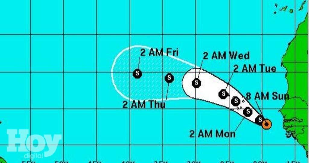 Fred se ubica cerca de la latitud 12,9 grados norte y la longitud 19,3 grados oeste, a 505 kilómetros al este-sureste de la isla de Praia, en el archipiélago de Cabo Verde, y presenta vientos máximos sostenidos de 65 kilómetros por hora, informó el centro.