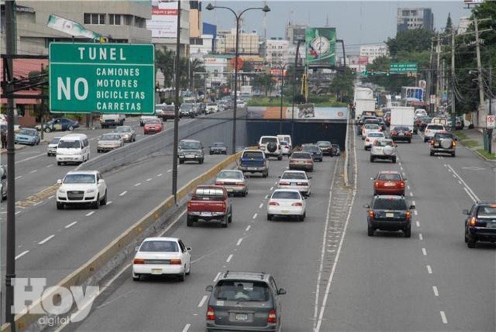 Obras públicas cerrará mañana un carril de la 27 de Febrero con Privada