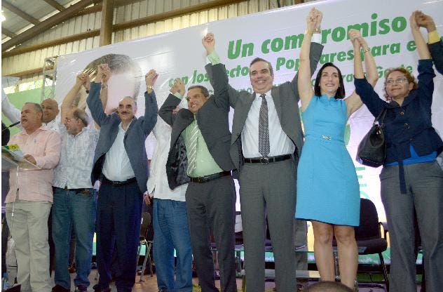 Fidel retira candidatura Frente Amplio y respalda a Abinader