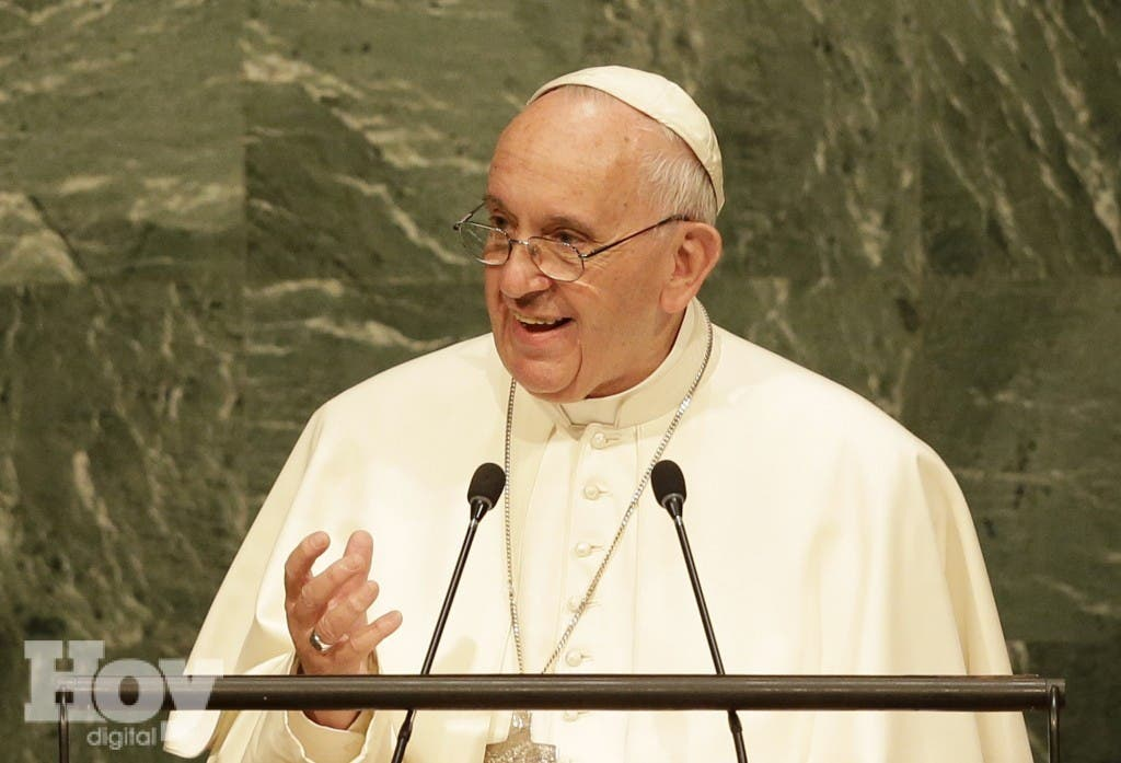 El papa francisco durante su discurso en la 70a sesión de la Asamblea General de Naciones Unidas el viernes 25 de septiembre de 2015 en la sede de la ONU. (Foto AP/Seth Wenig)