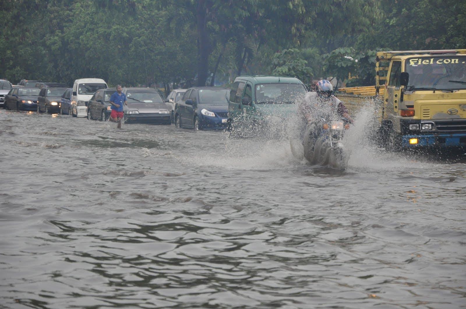 COE reporta 290 desplazados y 23 comunidades aisladas por lluvias
