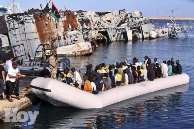 os guardacostas libios anunciaron el martes haber rescatado a 346 migrantes que estaban a bordo de tres lanchas neumáticas frente a las costas de ese país