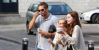 La hija del actor estadounidense Paul Walker, fallecido en 2013 en un accidente automovilístico, presentó una demanda contra el fabricante de Porsche