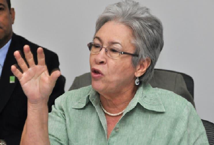 Ministra de Salud, Altagracia Guzmán Marcelino.