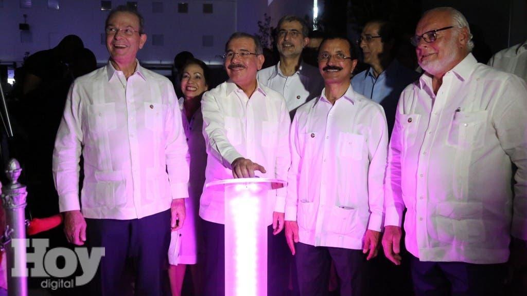 El Presidente Danilo Medina Asistio a la inauguracion del Centro Logístico Caucedo estimulará competitividad del país, genera mil empleos.Hoy/Fuente Externa 26/10/15