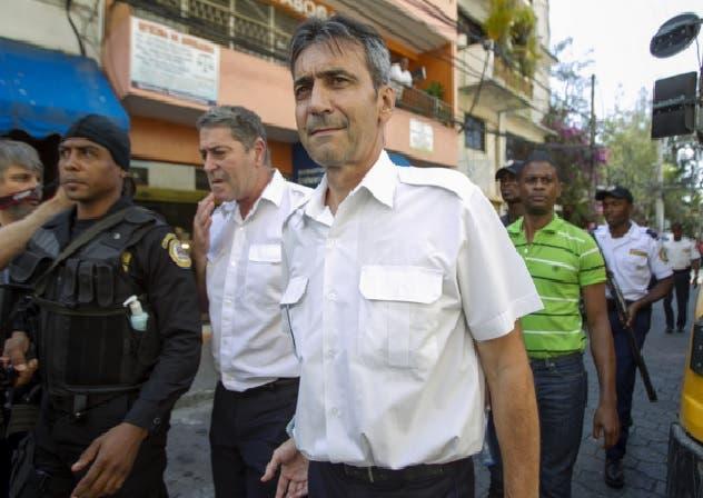 Huyen de República Dominicana dos pilotos franceses condenados por tráfico de cocaína