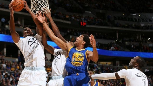 Golden-Warriors-Denver-Nuggets-Colorado_MEDIMA20151122_0316_5