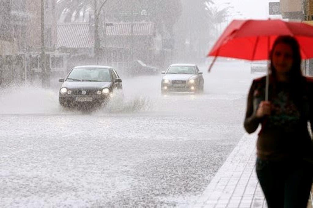 Sistema frontal se alejó del país, pero dejará lluvias débiles