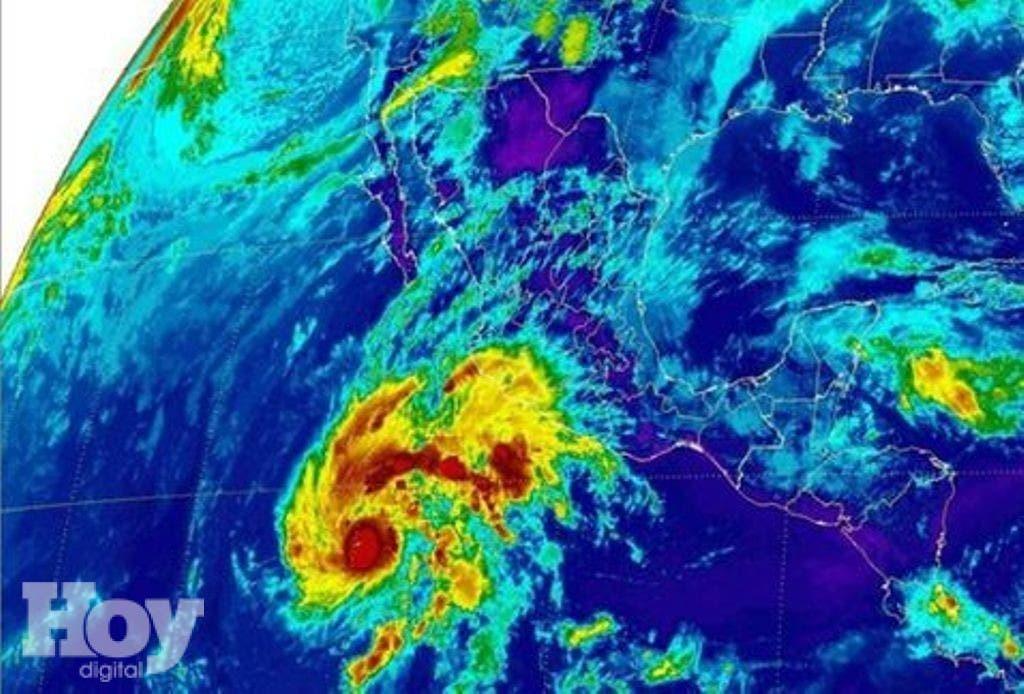 huracan_Sandra_MILIMA20151125_0255_8