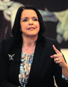 Minou reitera su compromiso de castigar corruptos