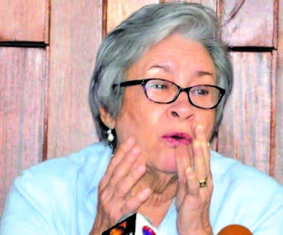 Ministra de Salud se reunirá con empresas de  agua