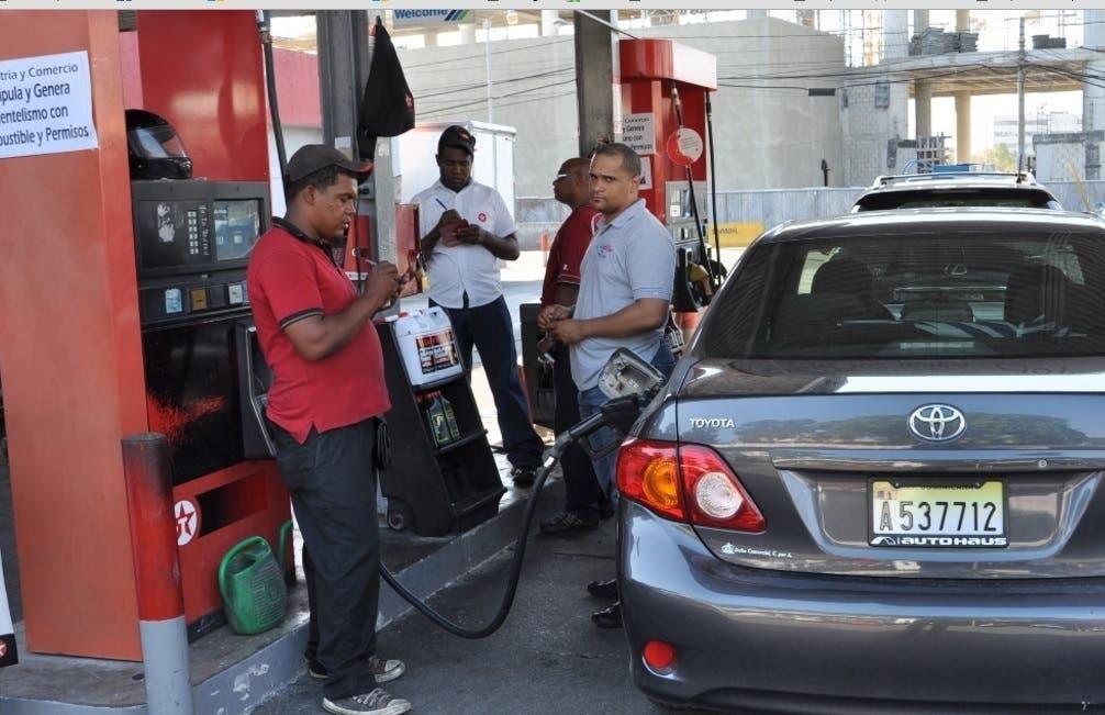 Resultado de imagen para bajan combustibles