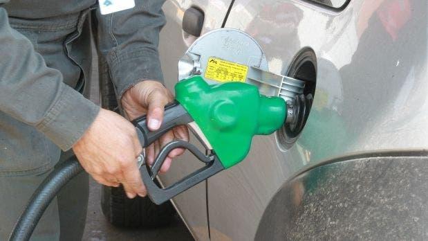 Gasolina premium baja RD$1 y el GLP se mantiene congelado