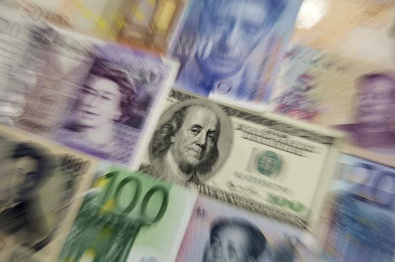 L'OCDE a présenté mardi une première série de mesures visant à harmoniser l'imposition des sociétés dans le monde et éviter ainsi que des multinationales échappent à l'impôt. Si ces recommandations sont mises en oeuvre par les Etats, elles éviteront que des géants comme Google puissent transférer leurs bénéfices vers des paradis fiscaux. /Photo d'archives/REUTERS/Kacper Pempel