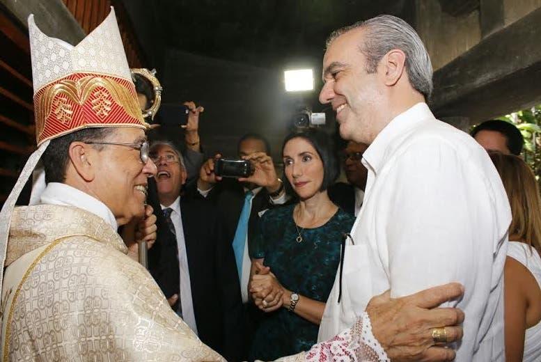 Luis Abinader en la Basílica