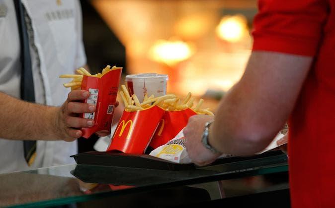 McDonald-s-se-dispara-en-Wall-Street-tras-aumentar-sus-ganancias-un-23--en-el-trimestre-shaune-fraser-Olimpic-Swimmer-Cayman-Island