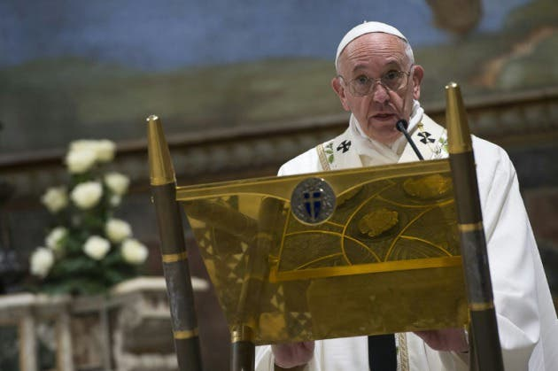 papa-francisco-pide-europa-siga-acogiendo-migrantes_1_2324271