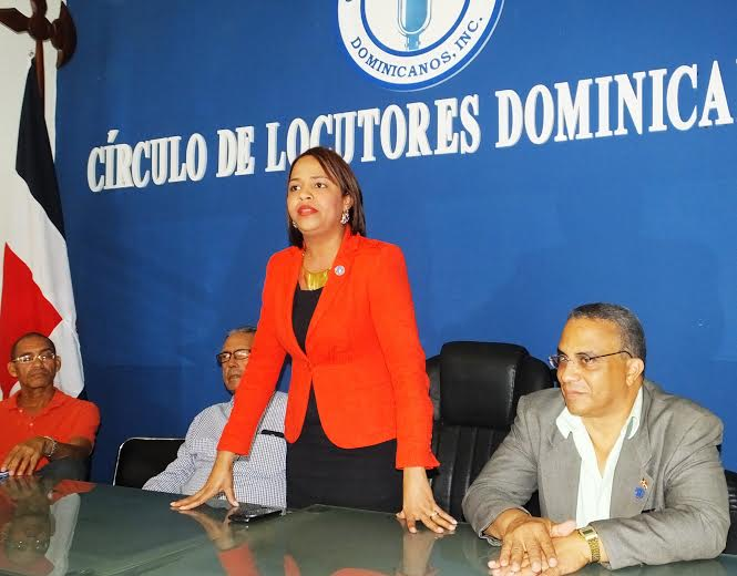 Círculo de Locutores advierte no defenderá miembros hagan mal uso del micrófono