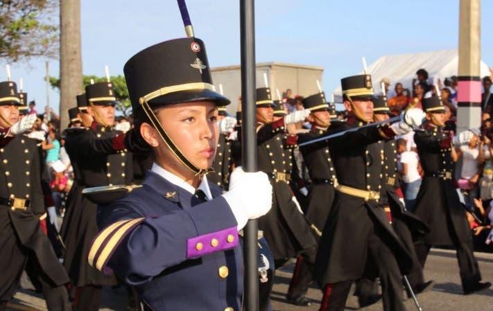Cadetes de las Fuerzas Armadas de México.