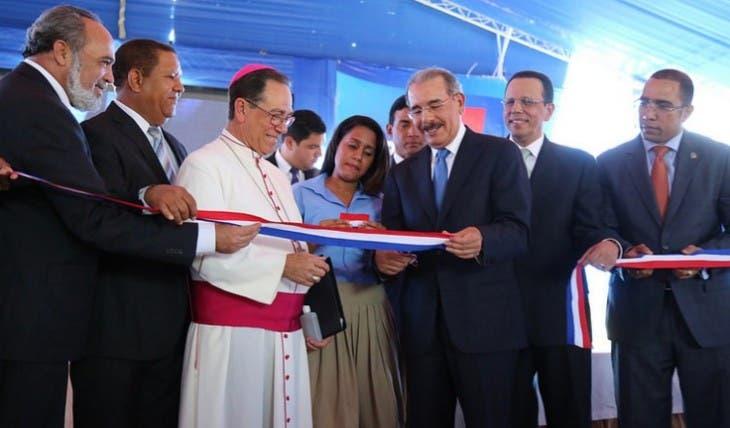 Danilo inaugura en La Melena