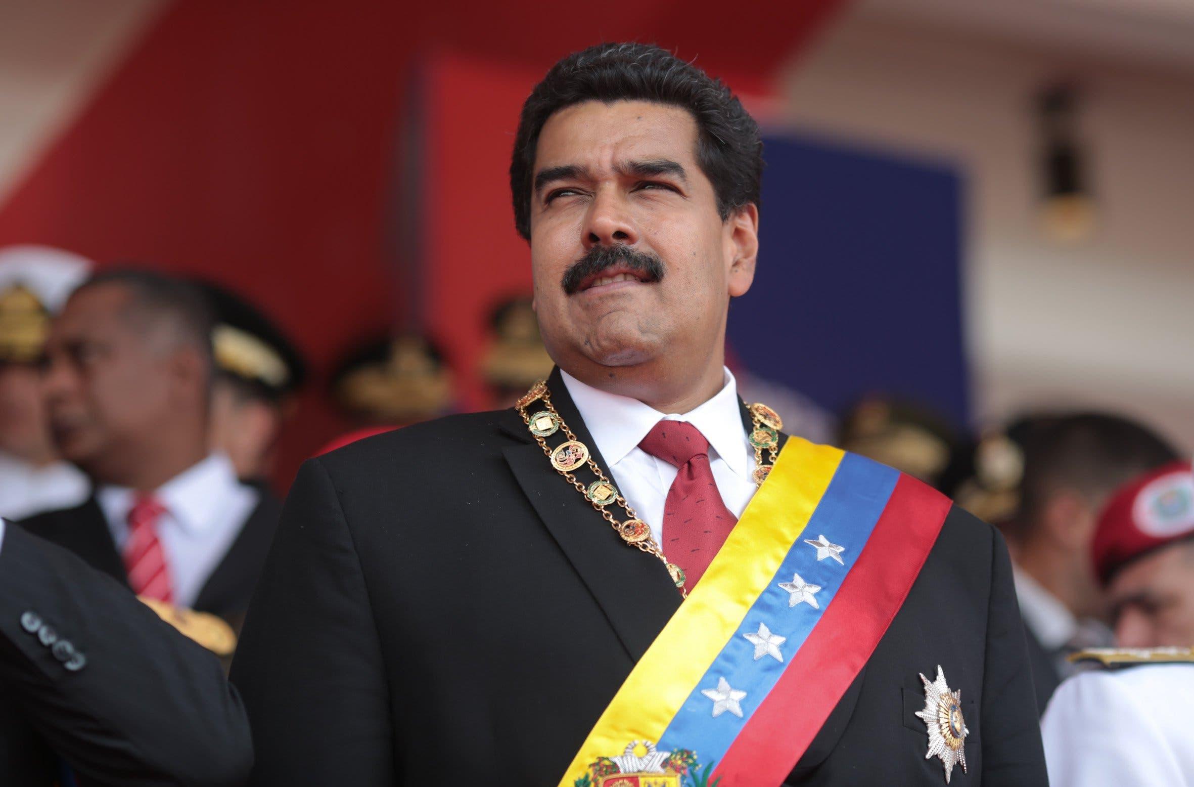 Venezuela: Inician revisión de firmas de referendo