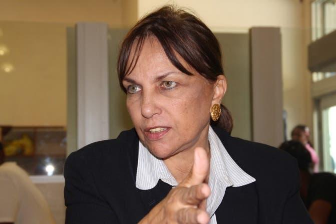 Peggy Cabral revela «intentos» de asesinar a Peña Gómez