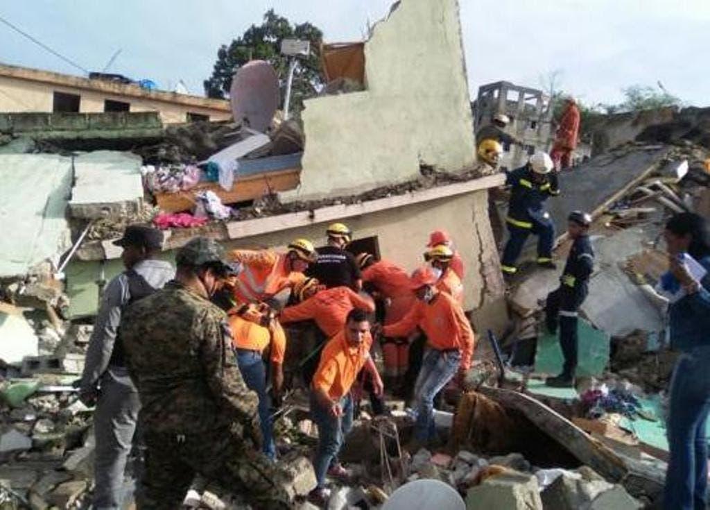 Defensa Civil descarta permanencia de víctimas bajo escombros por explosión