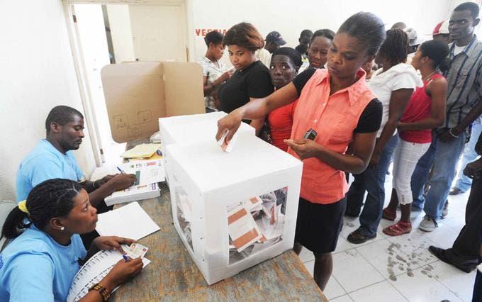 La UE, preocupada por Haití, espera un consenso para reanudar las elecciones
