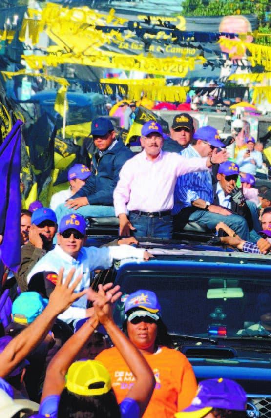 Presidente sigue activo en barrios de la Capital