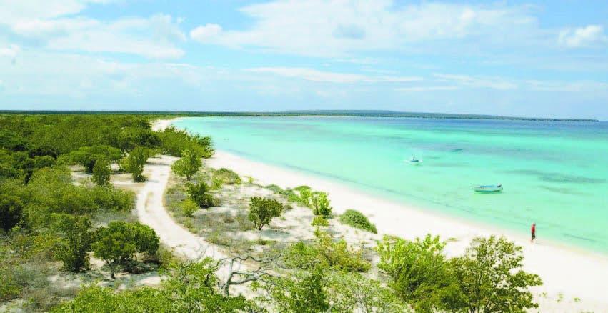 Inversiones para impulsar turismo en Bahía de las Águilas