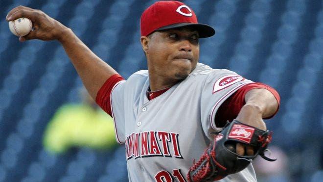 Alfredo Simón regresa a los Rojos de Cincinnati