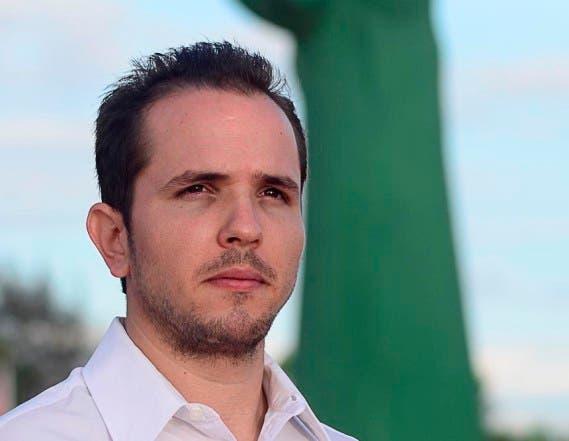 Los policías y militares también tienen derecho al voto, la propuesta la hace el candidato a diputado por Alianza Paìs Claudio Caamaño Vèlez. Fuente externa 05/03/2016