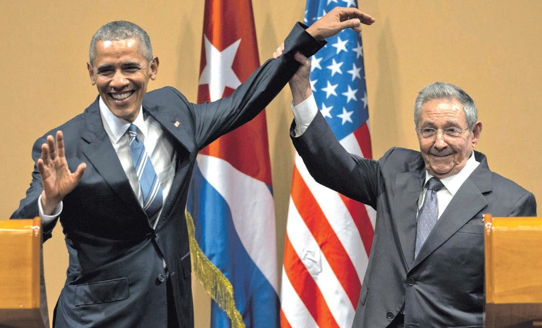 Obama se reúne con Raúl y afirma pueblo cubano debe eligir destino