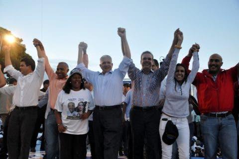 País/ Cierre de campaña PRM. 13-05-16 Foto: José Adames Arias. Periodista: Emilio