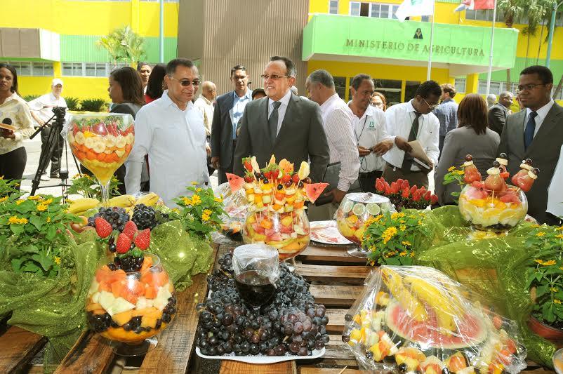 Hoy Digital  Hoy se celebra el Da de las Frutas en Repblica