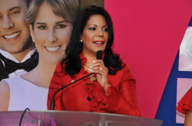 Especialista advierte estilo de vida aumenta obesidad, hipertensión y colesterol en dominicanas