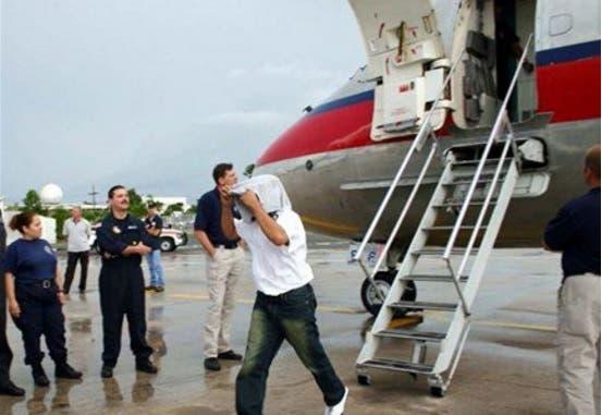 91 dominicanos que cumplieron condenas en Estados Unidos llegan hoy al país