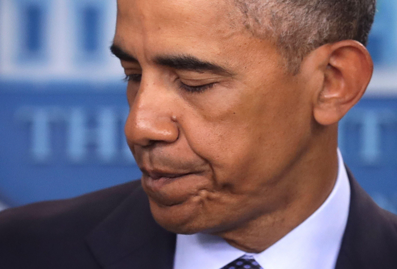 Obama llega a Orlando para reunirse con familiares de víctimas de la matanza