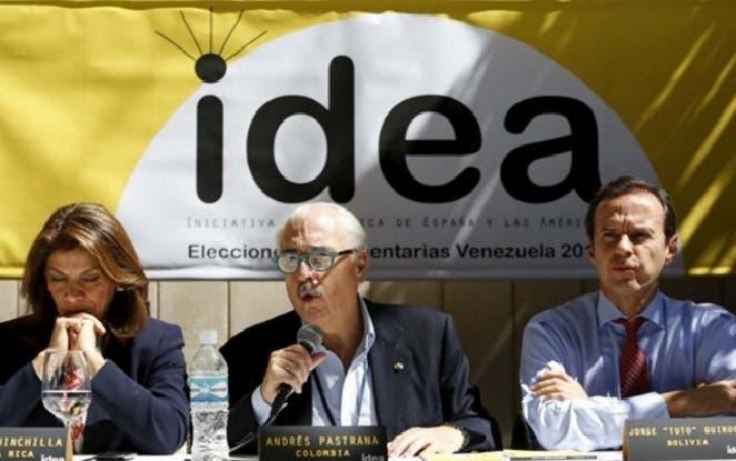 Expresidentes de América Latina llaman a la OEA mediar en Venezuela