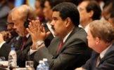 El presidente venezolano Nicolás Maduro asiste a la 7ma Cumbre de Jefes de Estado de la Asociación de Estados del Caribe en el Palacio de la Revolución en La Habana, el sábado 4 de junio de 2016. Maduro anunció el martes 7 de junio de 2016 la creación del ministerio de Desarrollo Minero Ecológico con el propósito de buscar una mayor eficiencia y renovar las estructuras de ese sector que el gobierno venezolano aspira se convierta en una importante fuente alterna de ingresos tras la caída sostenida de los precios internacionales del petróleo. (Alejandro Ernesto/Pool foto vía AP