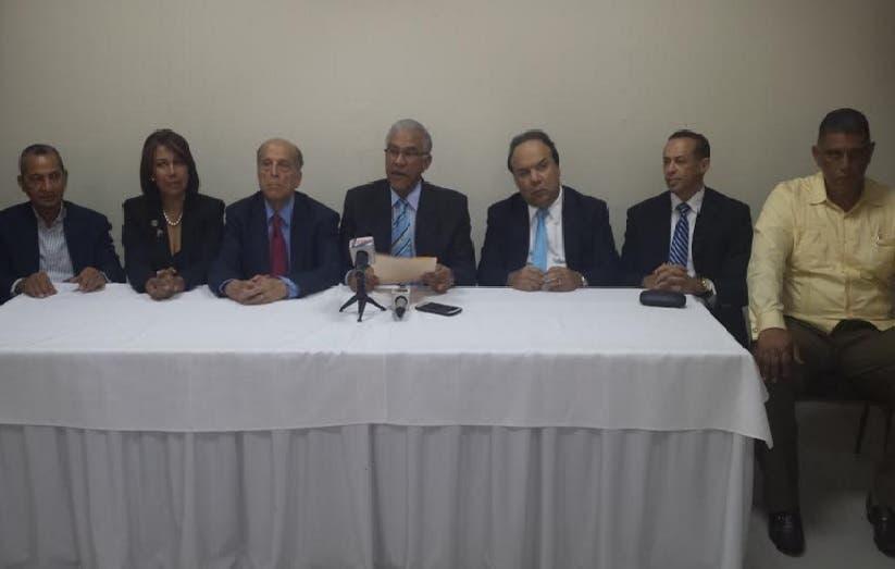 Oposición entregará a cancilleres OEA expediente con presuntas pruebas de fraude electoral