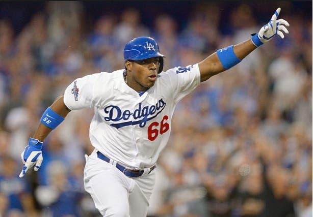 Dodgers envía a Puig y Wood a los Rojos por Homer Bailey