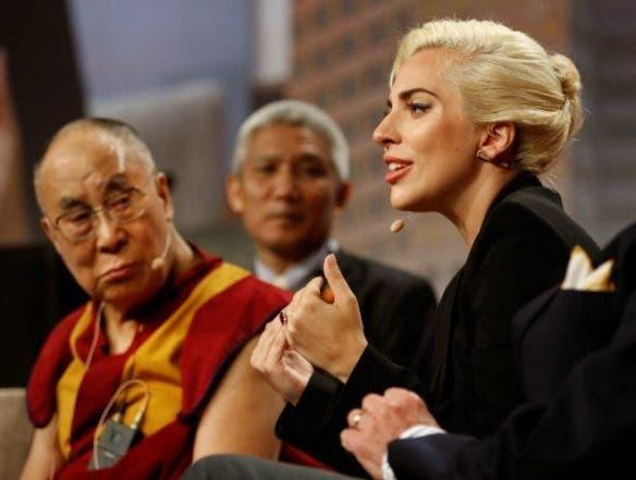 Dálai lama y Lady Gaga
