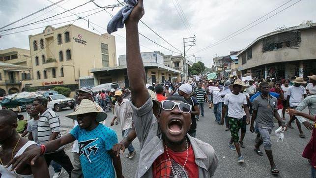 parlamento-haitiano-nuevamente-presidente-interino_EDIIMA20160629_0594_4