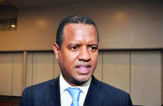 TSE acoge amparo contra JCE por no responder inscripción candidato presidencial