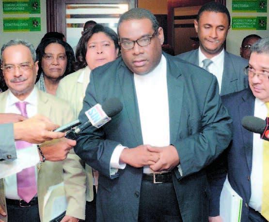 Gobierno solicita retomar el diálogo con gremios salud