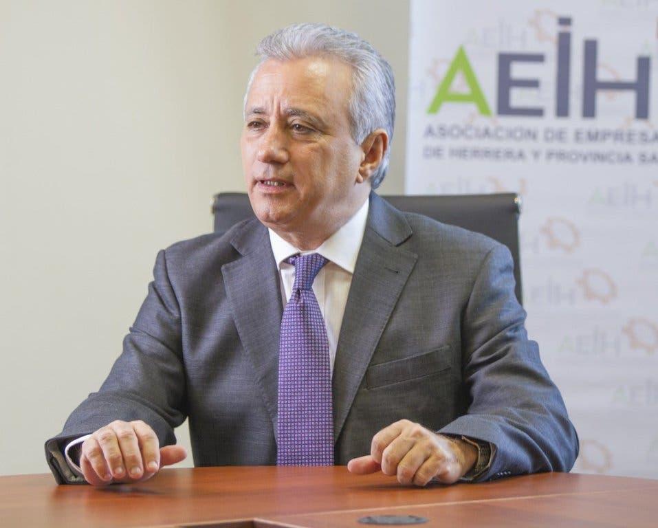 Industriales piden apurar reformas políticas para garantizar éxito en pacto fiscal