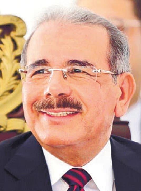 Presidente Medina felicita a seis destacados deportistas petromacorisanos