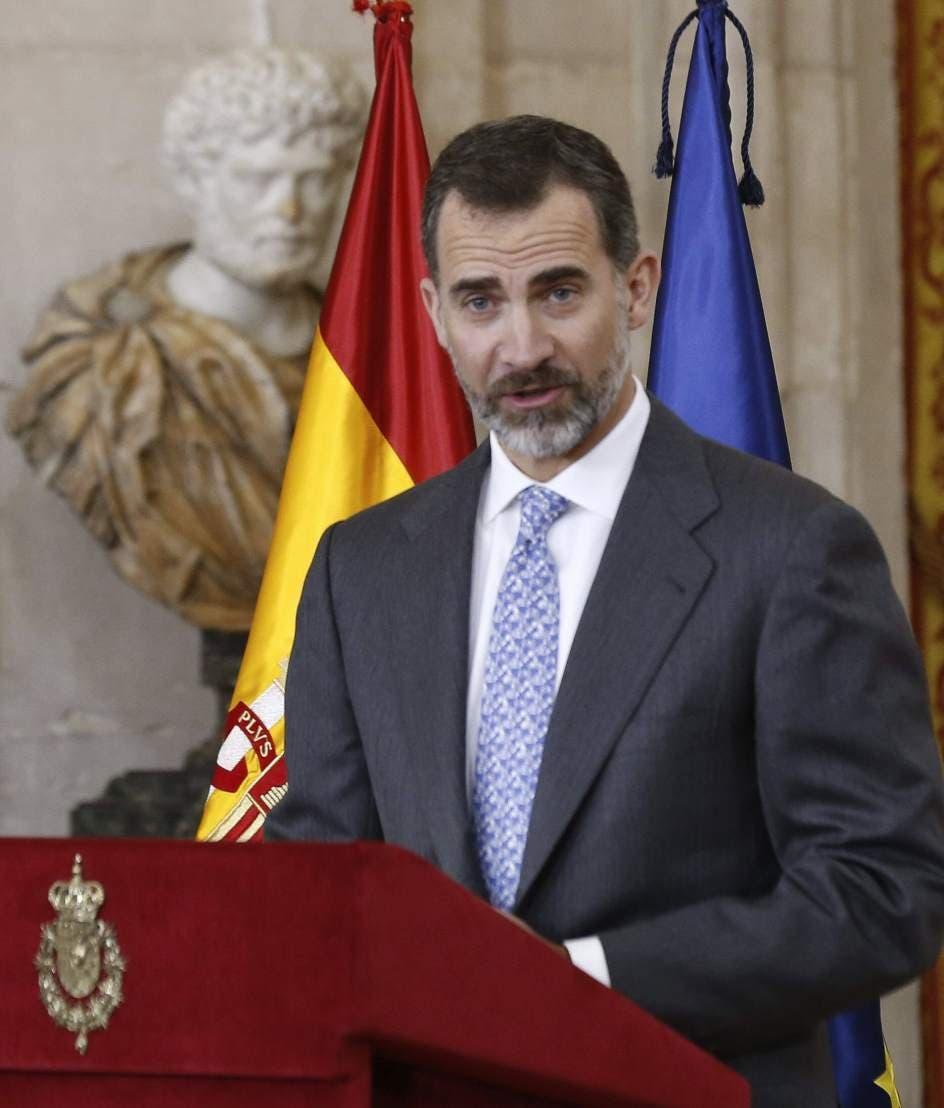 """Felipe VI avala el periodismo profesional y su """"insustituible"""" función social"""